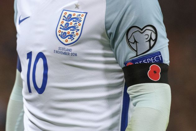 England and Scotland players could be disciplined by Fifa for wearing poppies during their World Cup