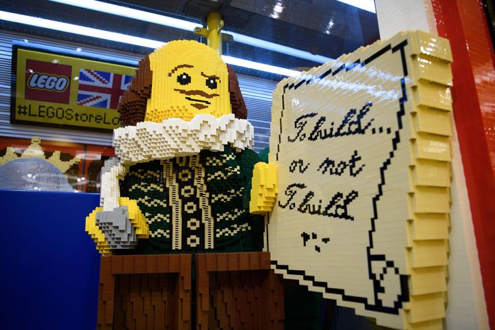 The World's Biggest Lego Store Opens, And Everything Is Awesome ...
