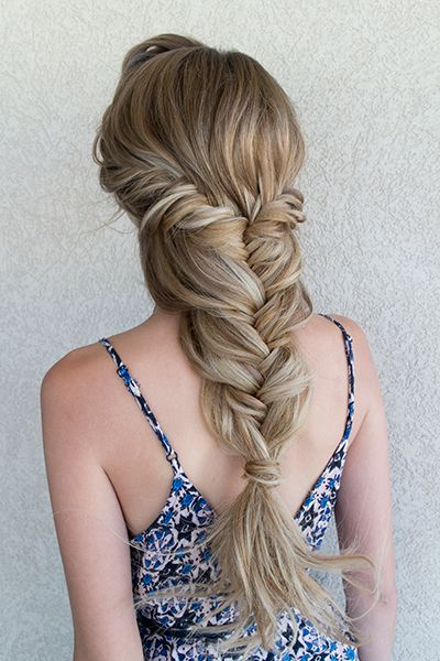 25 wedding hairstyles for brides with long hair huffpost the looser your braid the more carefree the vibe like this stunning fishtail style junglespirit Gallery
