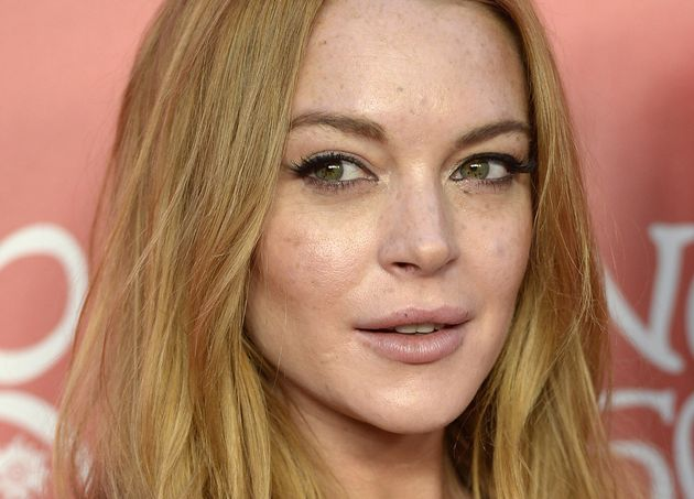 Lindsay Lohan not impressed with Ariana Grande's new fragrance ads