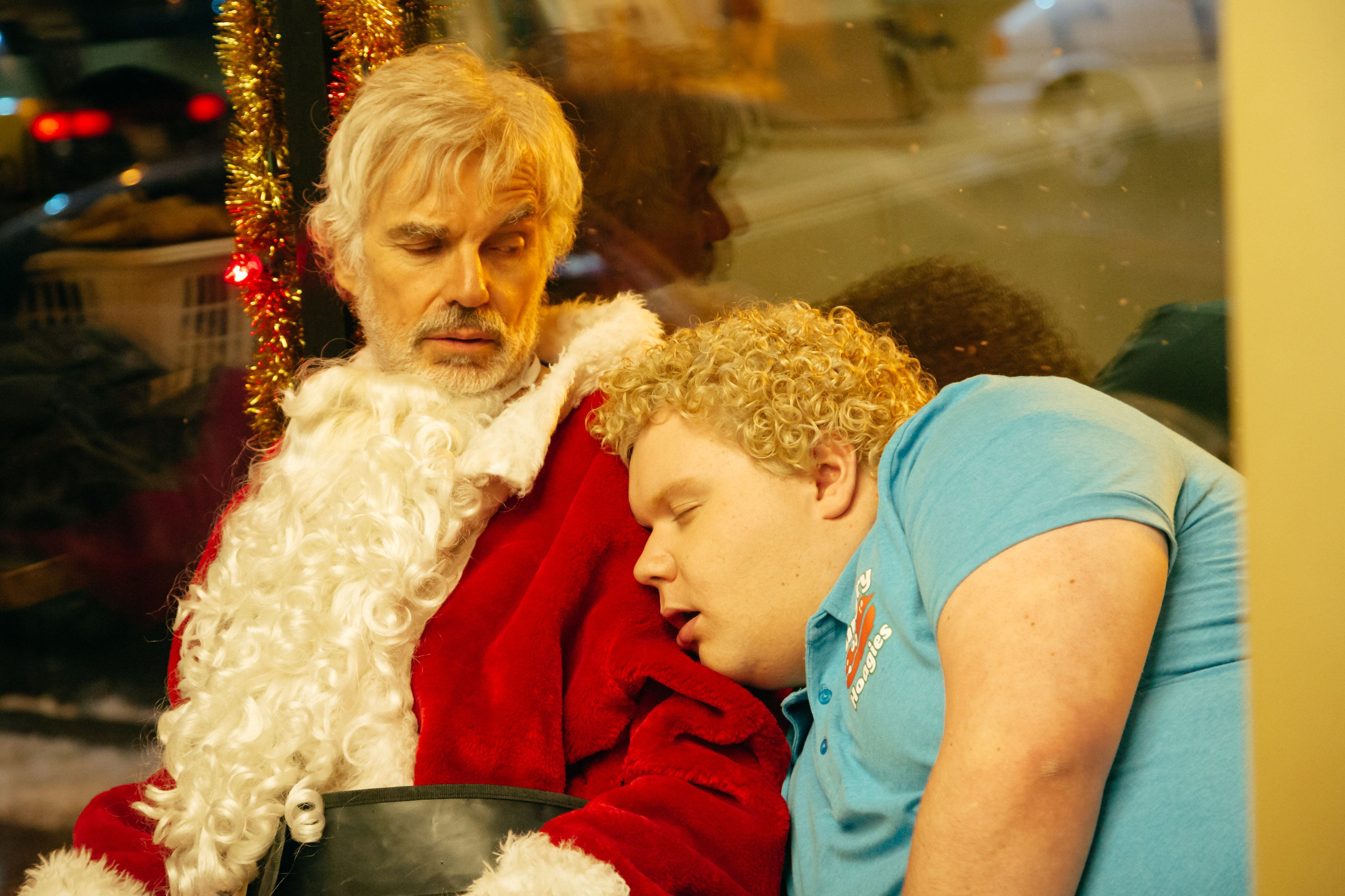 BS2-05175_CROP (l-r) Billy Bob Thornton stars as Willie Soke and Brett Kelly as Thurman Merman in BAD SANTA 2, a Broad Green Pictures and MIRAMAX release. Credit: Jan Thijs / Broad Green Pictures / Miramax