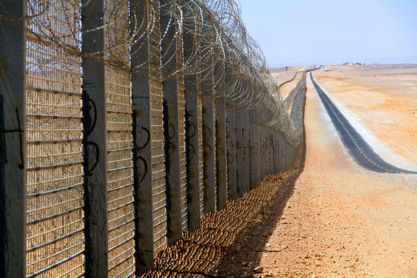 Israel–Egypt barrier