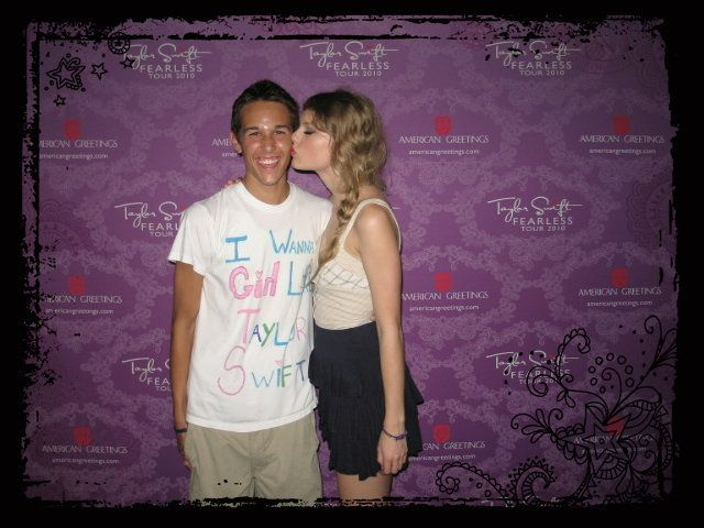 The 24-year-old Massachusetts native got a smooch from Swift during her 2009 tour.