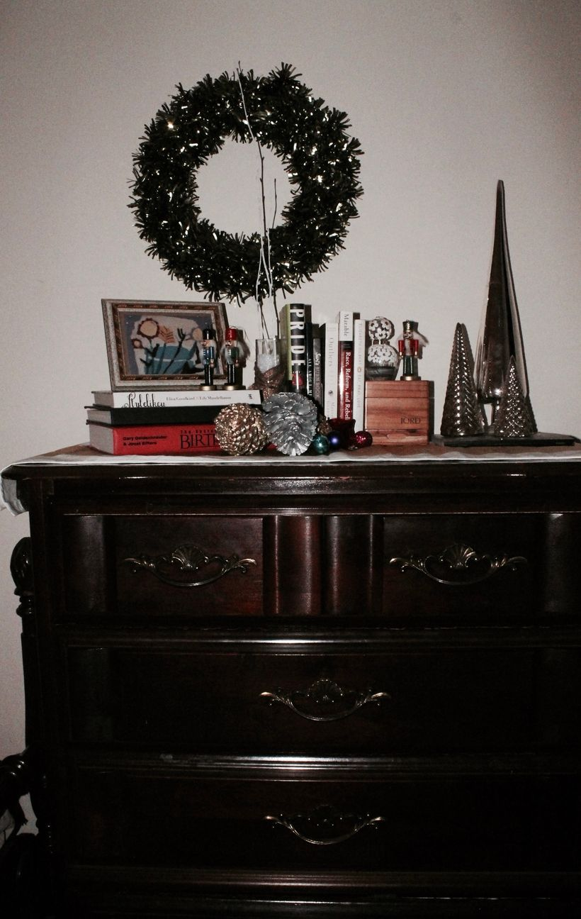 Teese are my favorite things: purfume, books and glitter pine cones.