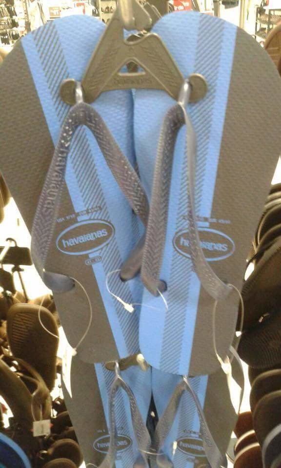 What Colour Are These Flip Flops? Opinion Divided Over Fashion's Latest Optical