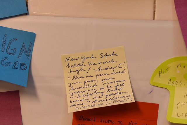 "Gov. Andrew Cuomo (D)'s message on ""Subway Therapy,"" an installation of Post-it notes written by New Yorkers, featuring their"