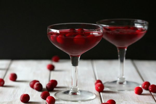 """<strong>Get the <a href=""""http://www.foodfanatic.com/2014/10/cranberry-gimlet/"""" target=""""_blank"""">Cranberry Gimlet recipe</a>&nb"""