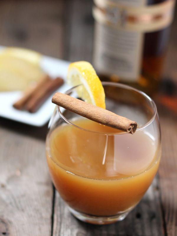 "<strong>Get the <a href=""http://www.vindulgeblog.com/2014/11/bourbon-spiked-hot-apple-cider/"" target=""_blank"">Bourbon Spiked"