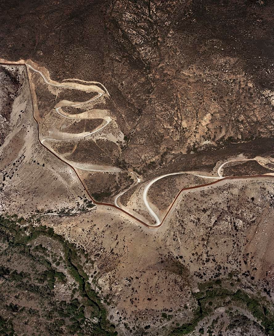 These Aerial Photos Of The USMexico Border Show Just How - Aerial maps over mexican us border