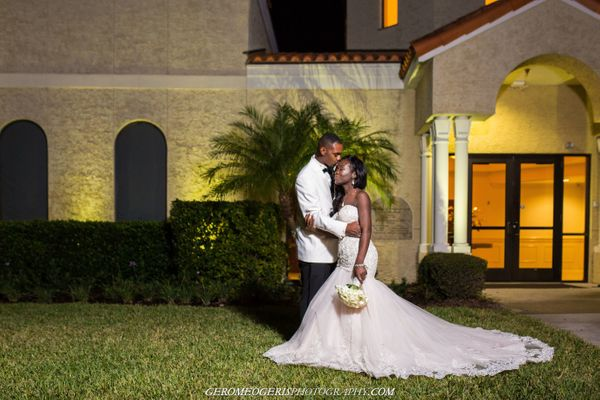 """""""This weekend, November 19 to be exact, I had the pleasure of capturing the love story of two of my close friends Chazjuan an"""
