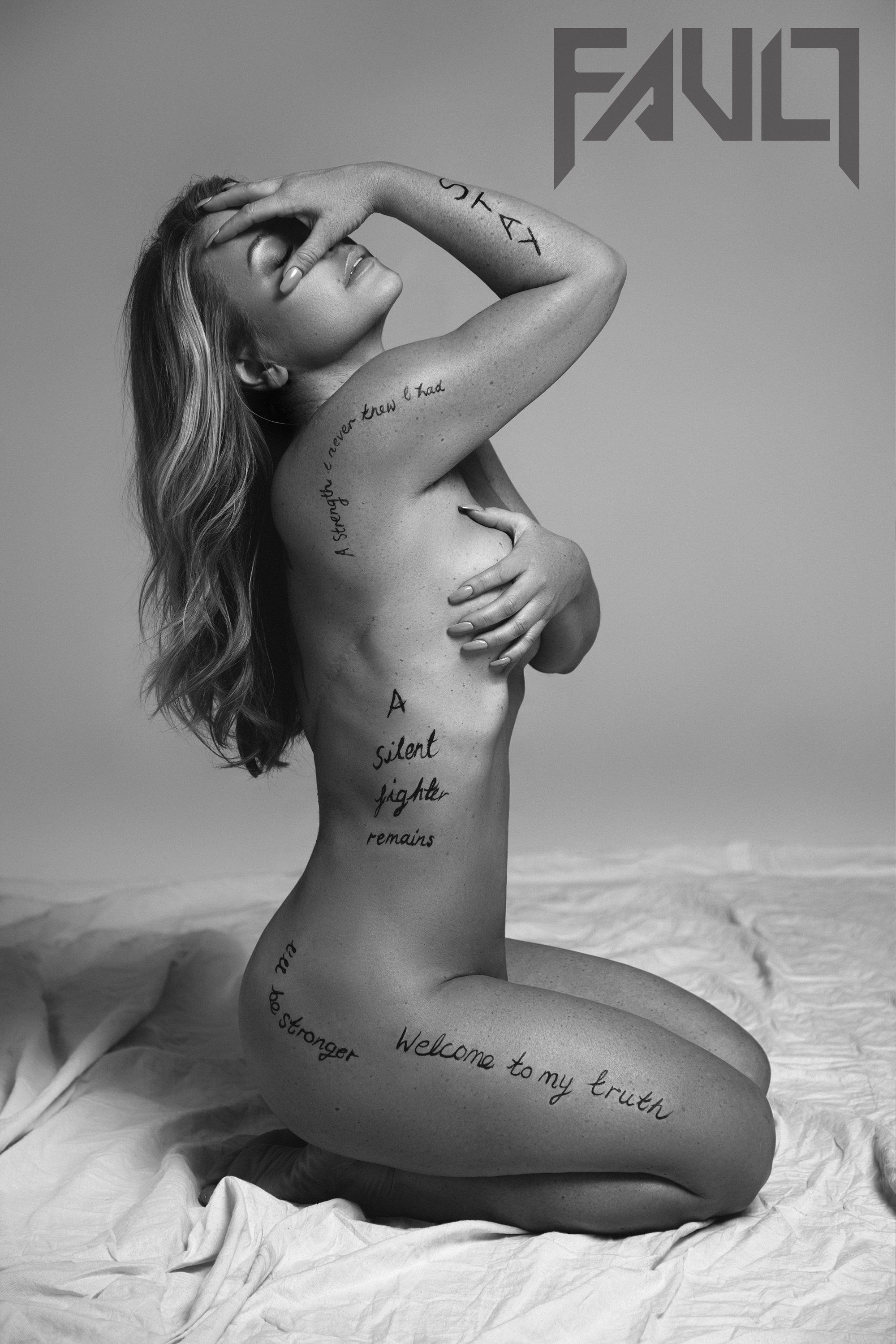 Anastacia Proudly Reveals Breast Cancer Scars In Empowering Nude