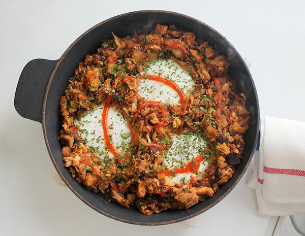 """<strong>Get the <a href=""""http://fromaway.com/cooking/leftover-thanksgiving-turkey-chorizo-breakfast-hash"""" target=""""_blank"""">Tha"""