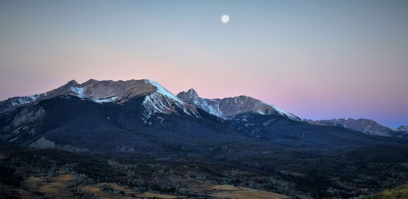 Silverthorne offers spectacular views of the Gore Range