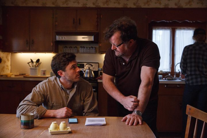 """Casey Affleck and Kenneth Lonergan discuss a """"Manchester by the Sea"""" scene on set."""