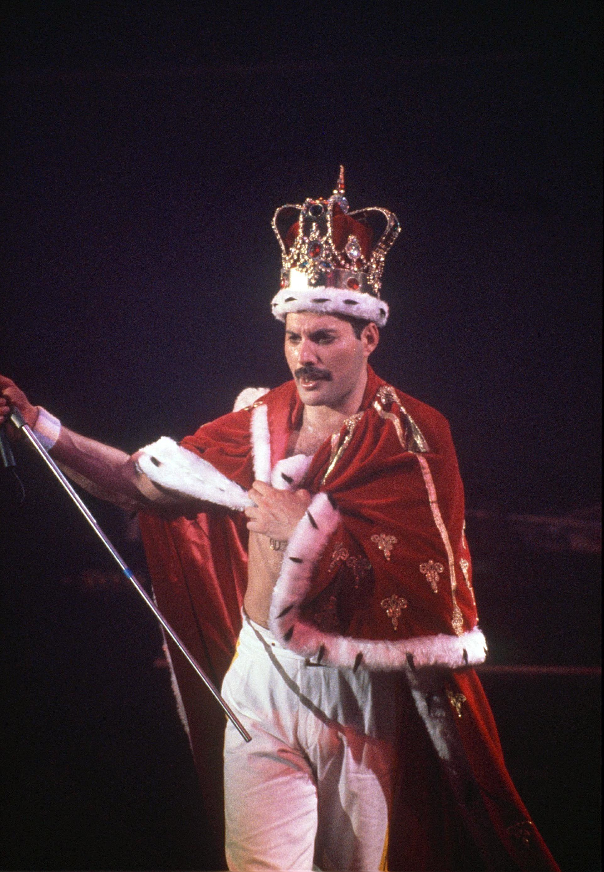 Remembering The Wit And Wisdom Of Freddie Mercury With 25 Of His Best