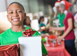 Volunteering At Christmas: Help Change Lives With These Amazing Charities Throughout December