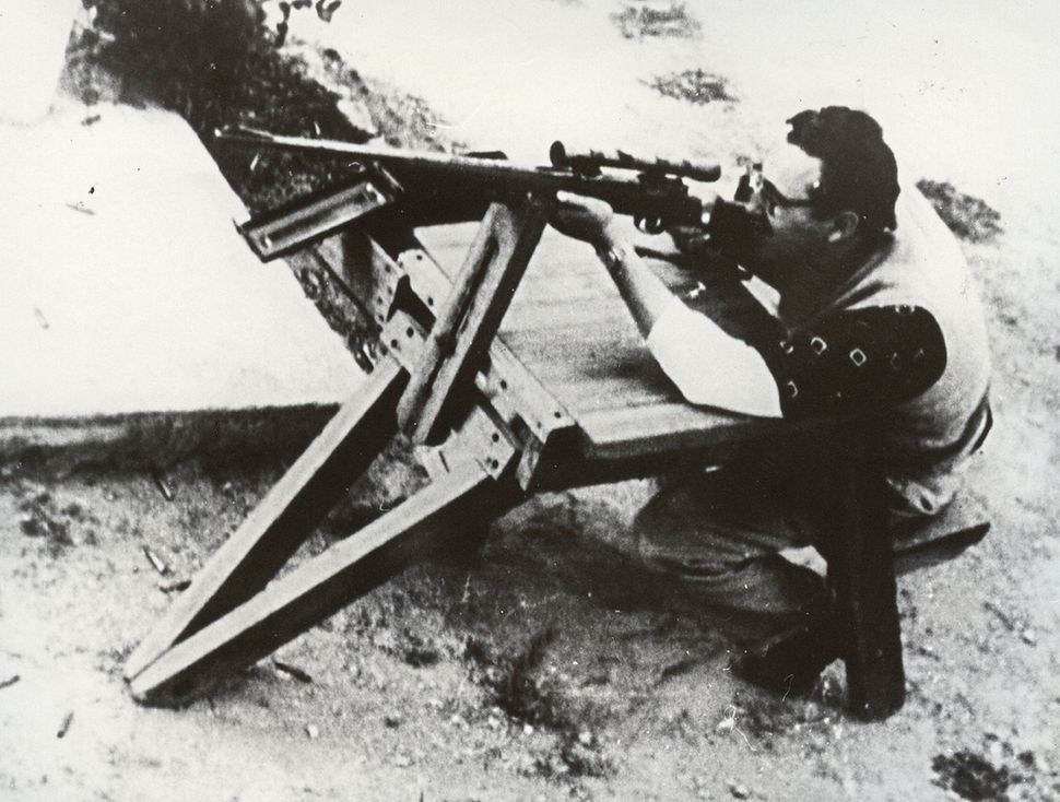 Castro practices shooting in Mexico, during the preparations of 1956 uprising after disembarking from the Granma with 82 men