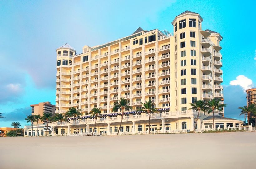 <strong>Pelican Grand — Fort Lauderdale, FL</strong>