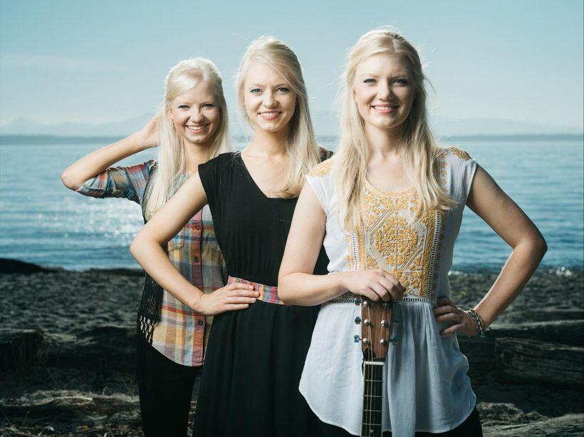 Left to right: Solana, Willow, and Greta Gothard.