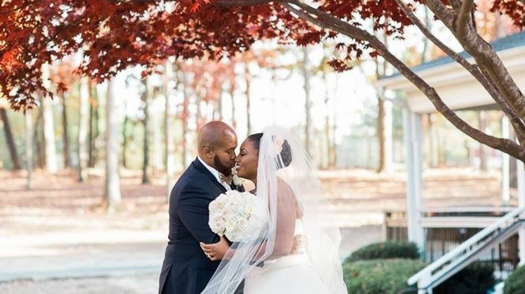 14 Thanksgiving Wedding Photos Filled With Gratitude And
