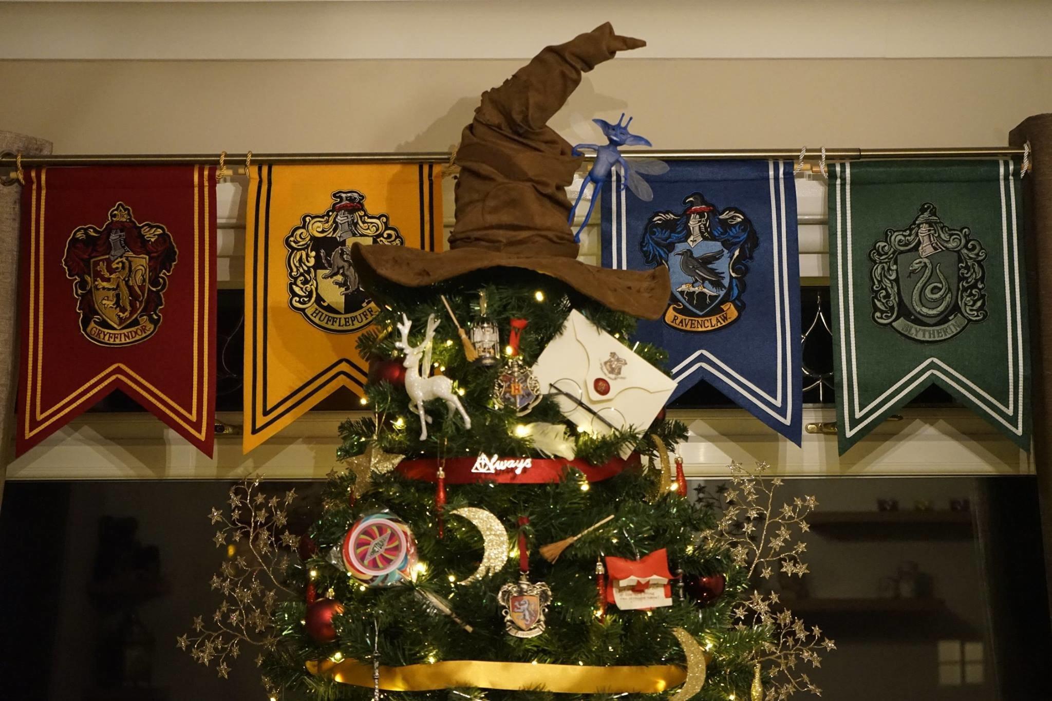 Kathryn Burnett's tree is a wonderful ode to Harry Potter.