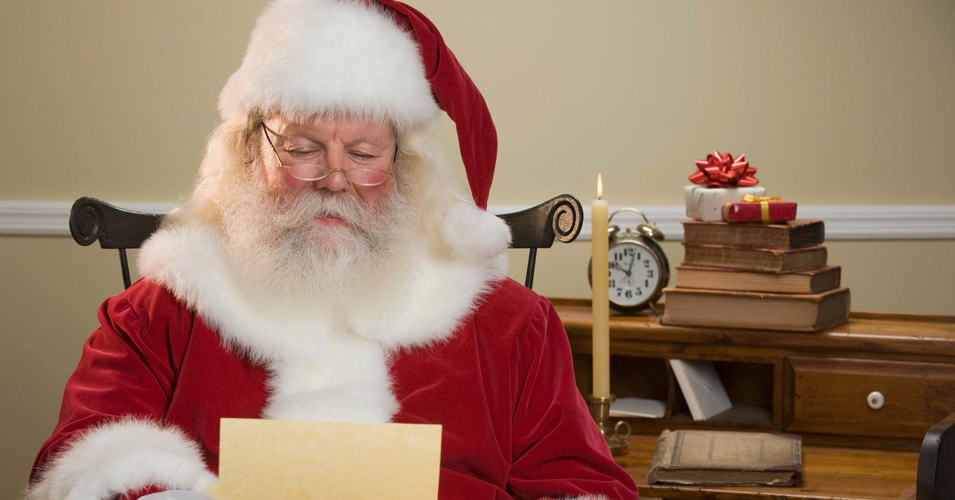 Heres how to get a letter from santa claus with a north pole heres how to get a letter from santa claus with a north pole postmark huffpost spiritdancerdesigns Images