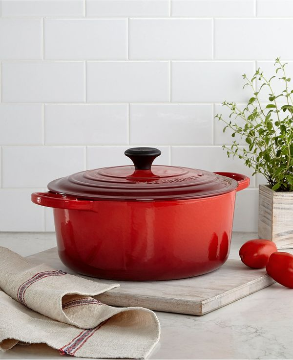 """<a href=""""http://www1.macys.com/shop/product/le-creuset-signature-enameled-cast-iron-7.25-qt.-round-french-oven?ID=656664&"""
