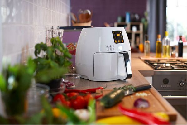 """<a href=""""http://www.philips-store.com/store/catalog/cooking/airfryer/avance-collection-airfryer-xl-whitewith-rapid-air-techno"""