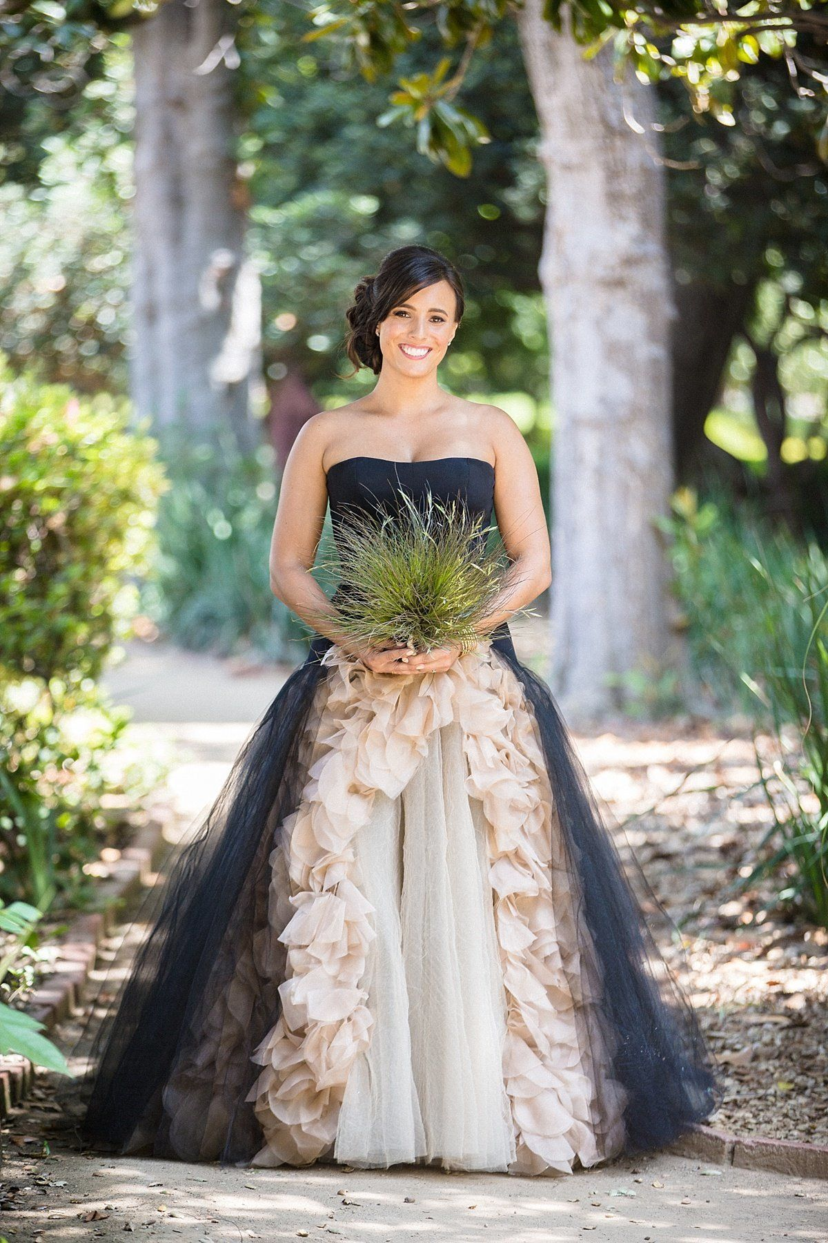 23 Dark Wedding Dresses For Brides Who Think White Is Trite HuffPost