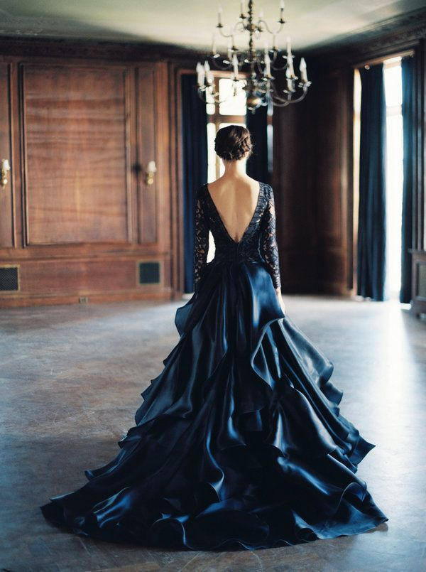 23 Dark Wedding Dresses For Brides Who Think White Is Trite ...