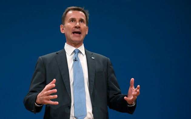 1,000 apprentice nurses will join the NHS under Jeremy Hunt's