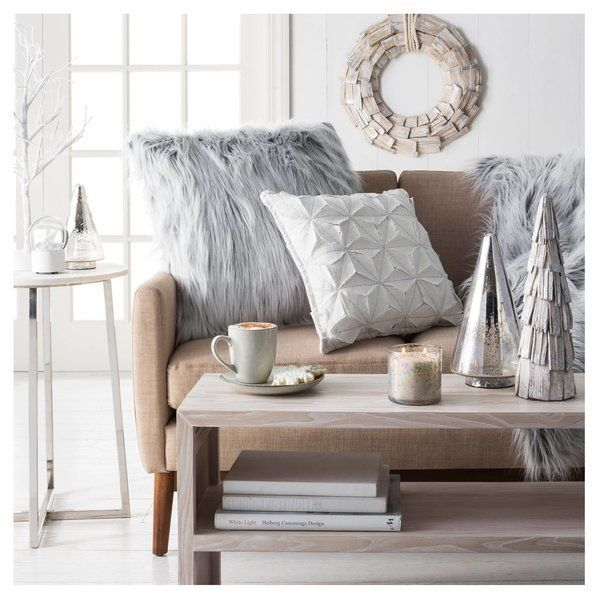 "<a href=""http://www.target.com/p/oversized-decorative-pillow-white-threshold/-/A-50928688"" target=""_blank"">Threshold Oversize"