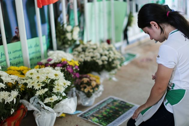 Fans pays tribute to the players of Brazilian team Chapecoense Real who were killed in a plane accident...