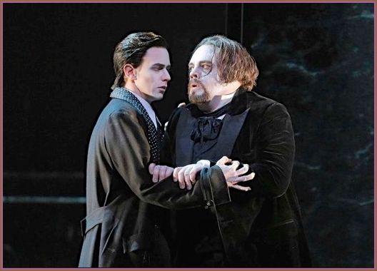 Edward Nelson (L'Ami) and Brian Mulligan (Roderick). <em>La Chute de la Maison Usher.</em>
