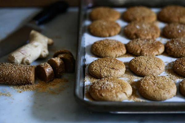 "<strong>Get the <a href=""http://www.feastingathome.com/2013/11/chewy-triple-ginger-cookies.html"" target=""_blank"">Chewy Triple"