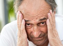 The 7 Surprising Early Signs Of Alzheimer's Disease