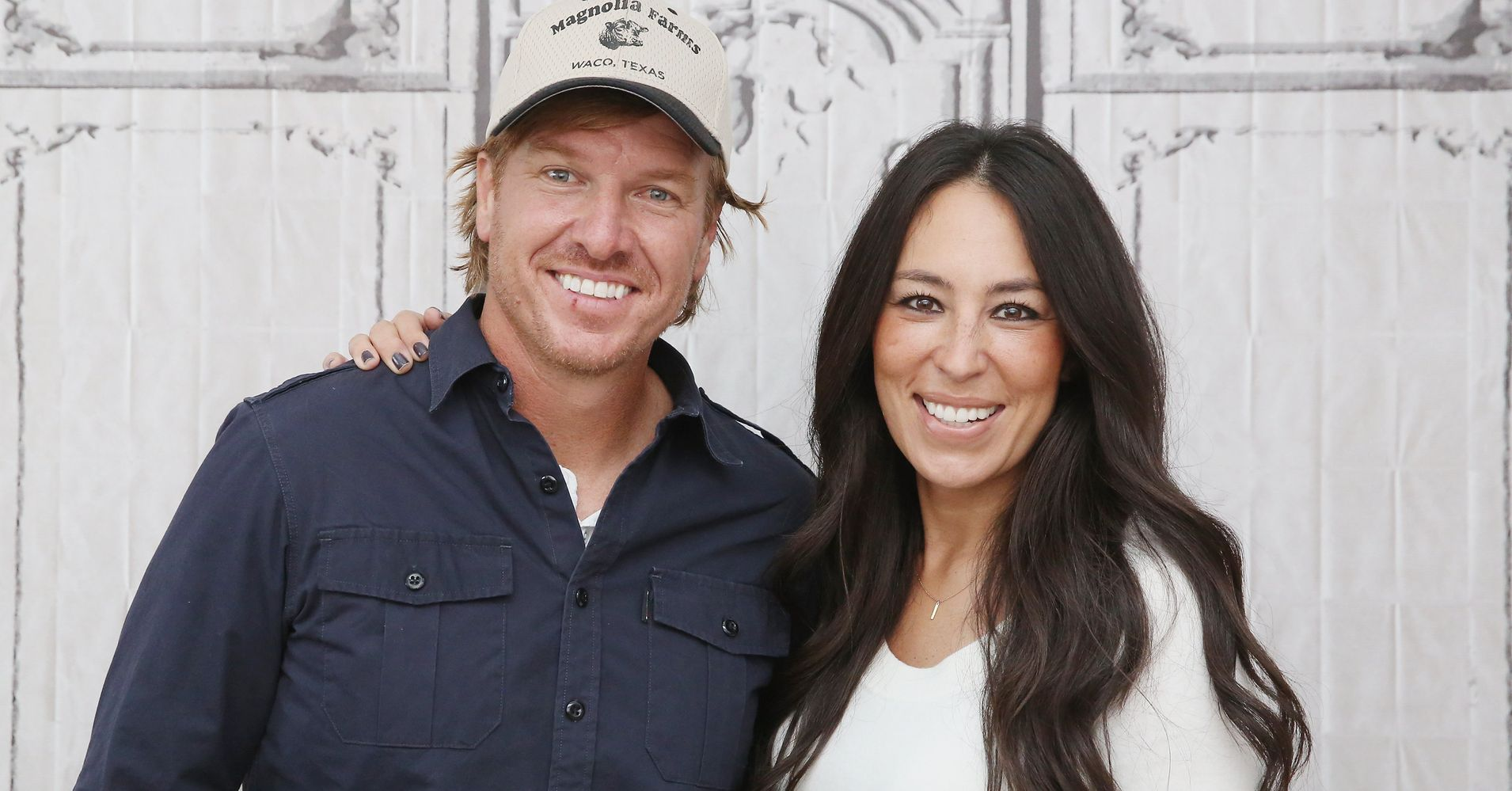 hgtv responds to chip and joanna gaines 39 anti gay church controversy huffpost. Black Bedroom Furniture Sets. Home Design Ideas