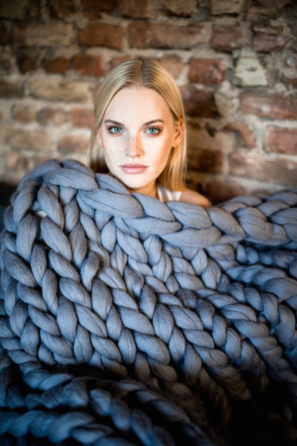 "<a href=""https://www.etsy.com/listing/487492899/chunky-knit-blanket-giant-yarn-throw?ga_order=most_relevant&ga_search_typ"
