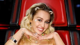 THE VOICE -- 'Live Top 10'  Episode: 1116B -- Pictured: Miley Cyrus -- (Photo by: Trae Patton/NBC/NBCU Photo Bank via Getty Images)