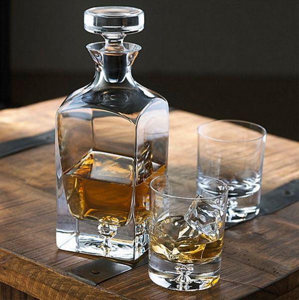 """<a href=""""http://www.wineenthusiast.com/lexington-whiskey-decanter-and-glasses-set.asp"""" target=""""_blank"""">Lexington Whiskey Deca"""