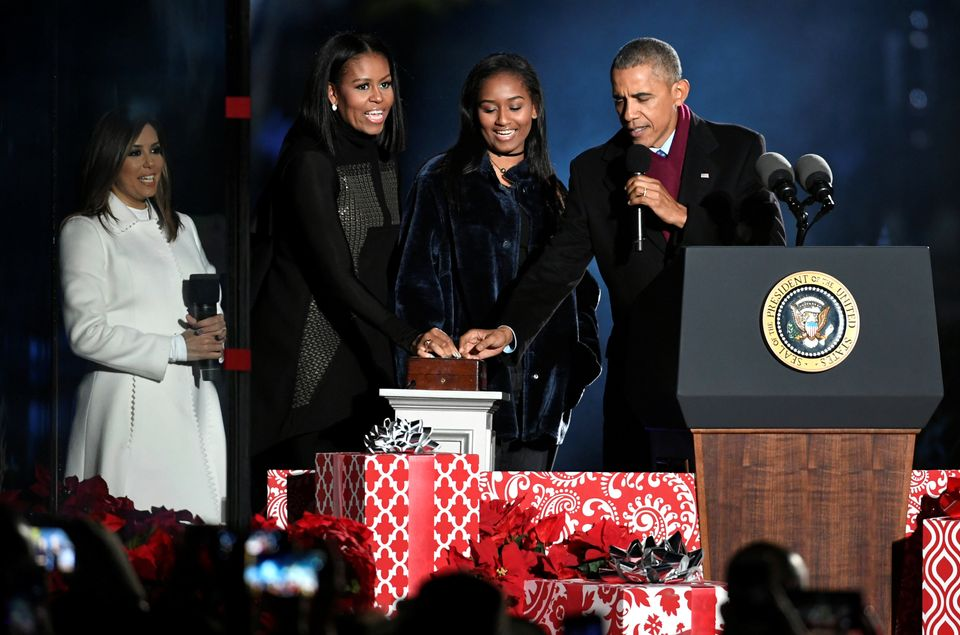 President Barack Obama, first lady Michelle Obama and daughter Sasha count down to throw the switch at the 94th annual Nation