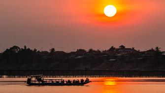 Sunset at Kampong Cham on the Mekong River, Kampong Cham Province, Cambodia, Indochina, Southeast Asia, Asia