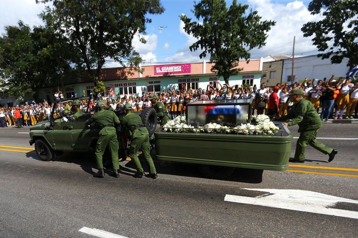 Vehicle Carrying Fidel Castro's Ashes Breaks Down During ...