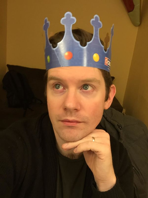 """<strong>""""I practice royal faces in my dressing room with my BK 👑 !""""</strong>"""