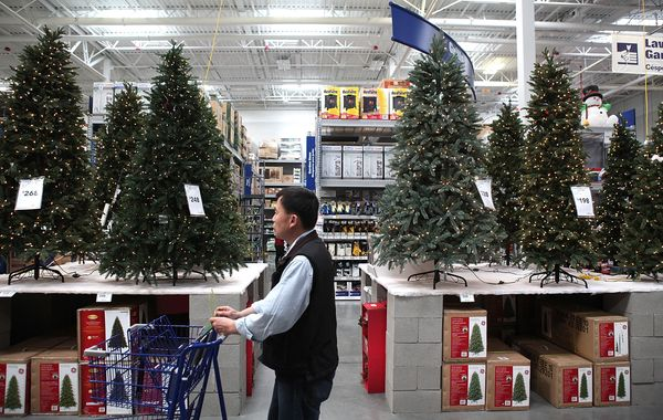 "More than <a href=""http://www.realchristmastrees.org/dnn/Education/Fake-Trees"" target=""_blank"">85 percent</a> of artific"