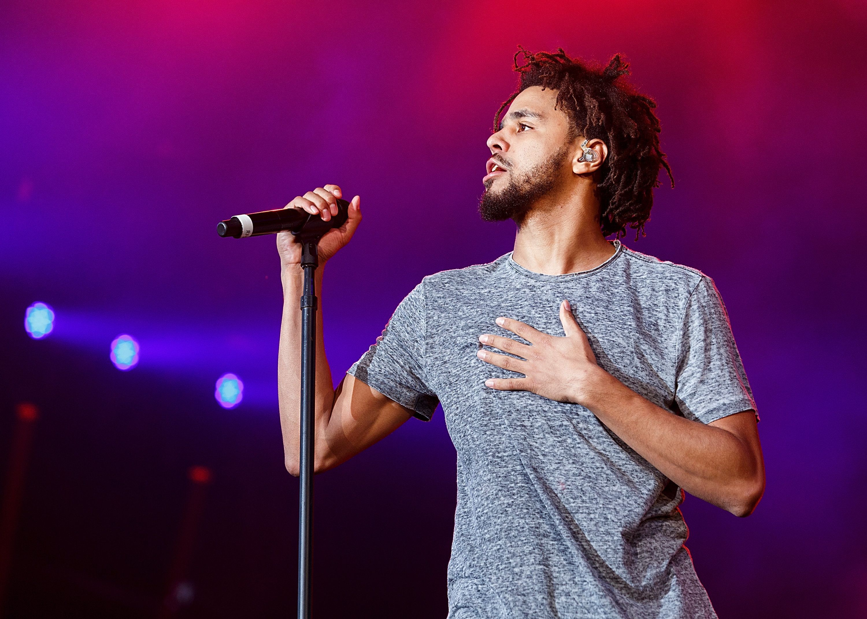 PEMBERTON, BC - JULY 15:  Rapper J. Cole performs onstage during day 2 of Pemberton Music Festival on July 15, 2016 in Pemberton, Canada.  (Photo by Andrew Chin/Getty Images)