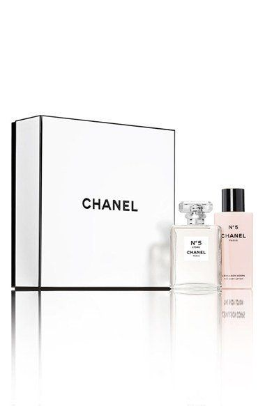"Chanel No. 5 set, $184, <a href=""http://shop.nordstrom.com/s/chanel-n5-leau-set-limited-edition/4466169?origin=category-personalizedsort"" target=""_blank"">Nordstrom</a>"