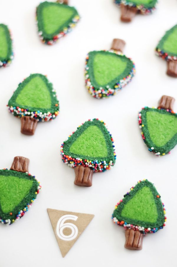 """<strong>Get the <a href=""""http://www.sprinklebakes.com/2014/12/sprinkle-christmas-tree-cookies.html"""" target=""""_blank"""">slice and"""