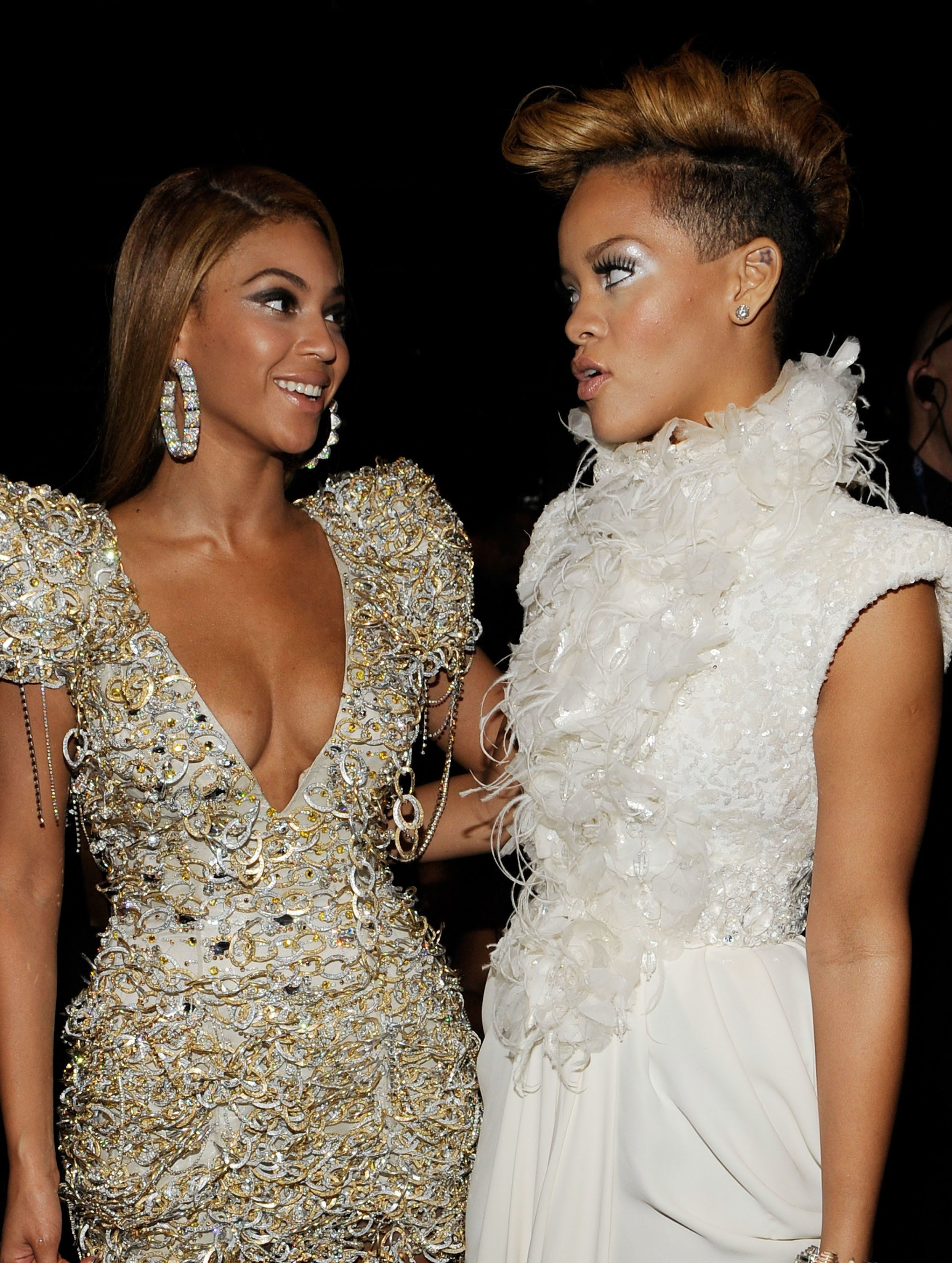 LOS ANGELES, CA - JANUARY 31: Singers Beyonce Knowles (L) and Rihanna (R) backstage during the 52nd Annual GRAMMY Awards held at Staples Center on January 31, 2010 in Los Angeles, California. (Photo by Larry Busacca/Getty Images)