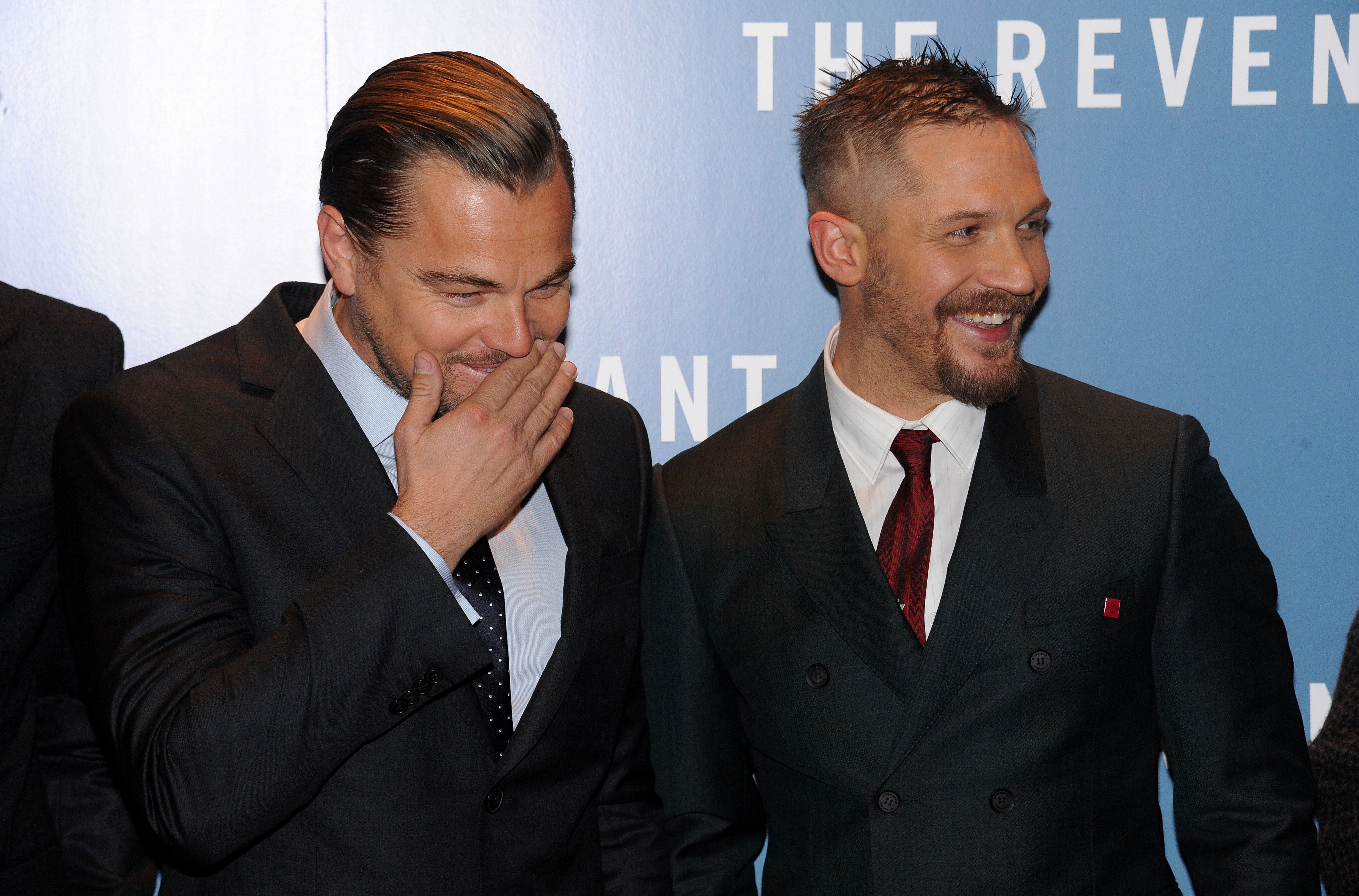 LONDON, ENGLAND - JANUARY 14:  Leonardo DiCaprio (L) and Tom Hardy attend UK Premiere of 'The Revenant' at Empire Leicester Square on January 14, 2016 in London, England.  (Photo by Dave J Hogan/Getty Images)